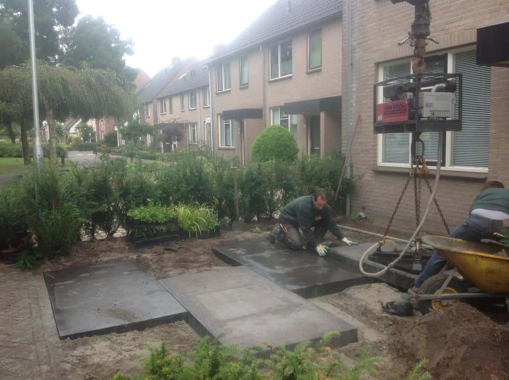 A van spelde hoveniers aanleg strakke moderne kleine voortuin for Aanleg kleine tuin