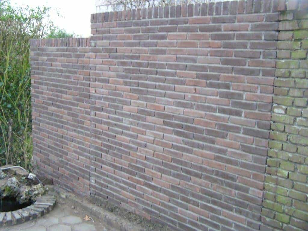 Stenen voor muur in tuin oude stenen muur met poort naar engelse tuin g - Muur tuin ...