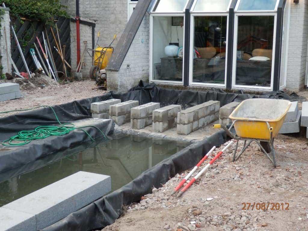 A van spelde hoveniers tuin renoveren in breda regenwulp for Spiegelvijver maken