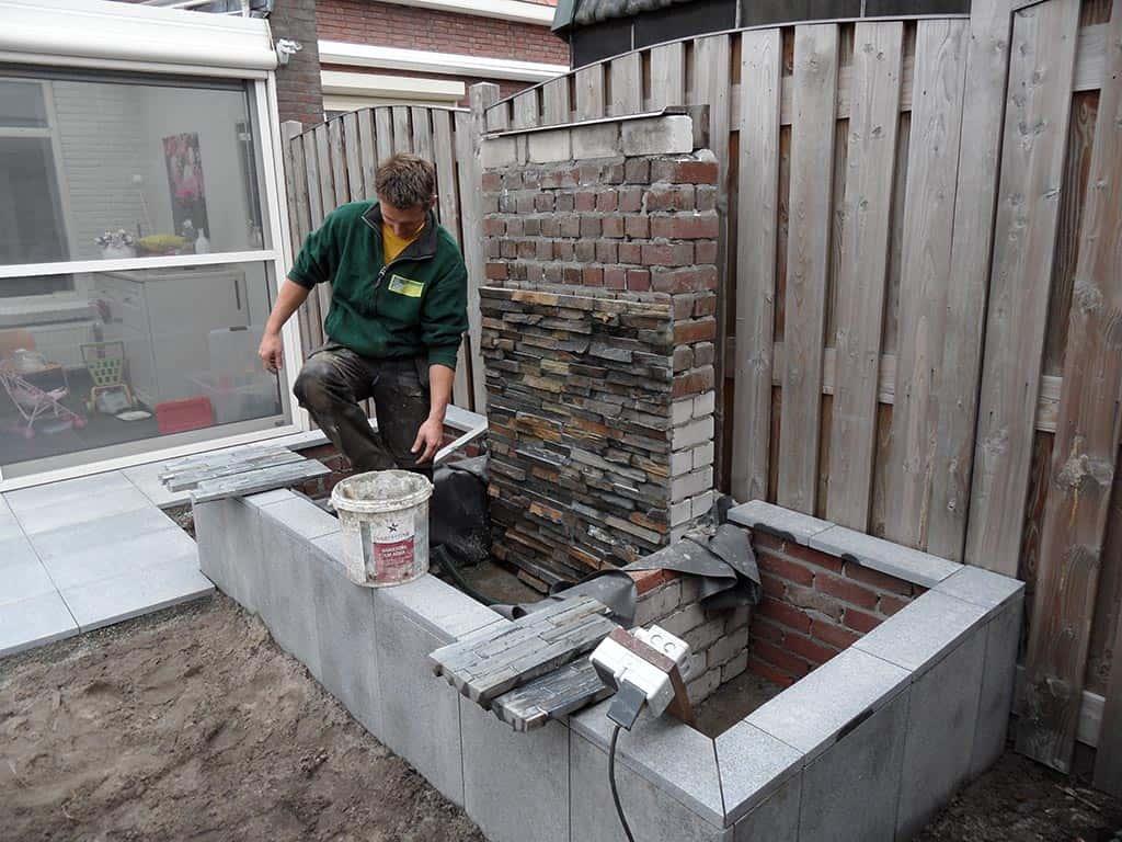 A van spelde hoveniers natuursteen tegels waterelement for Kleine kamer met water m