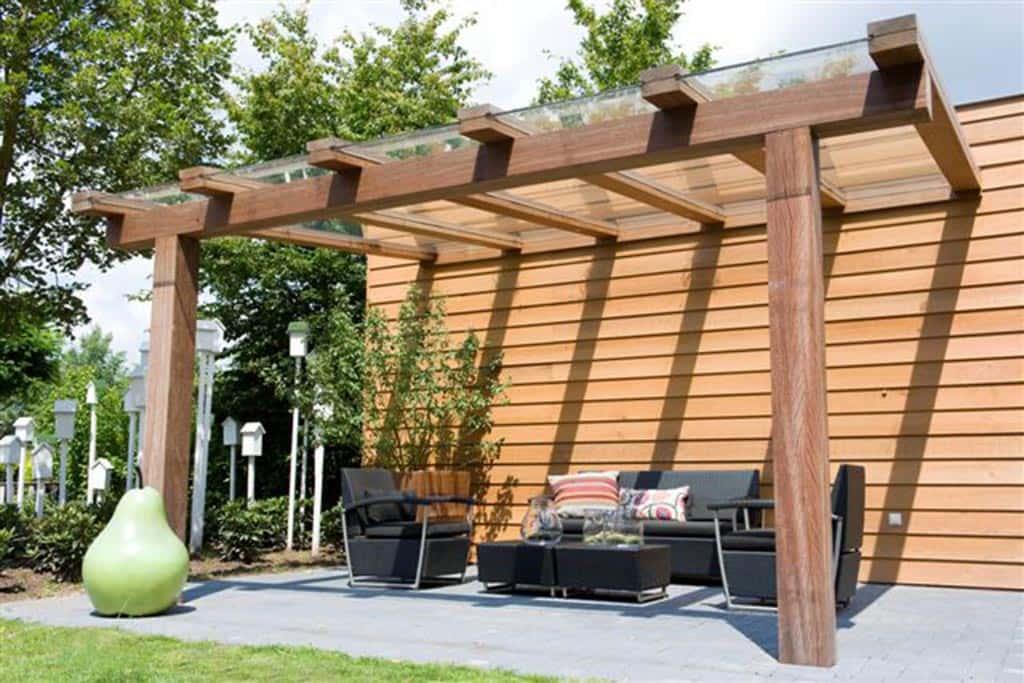 A van spelde hoveniers moderne tuinhuizen overkappingen - Terras met houten pergolas ...
