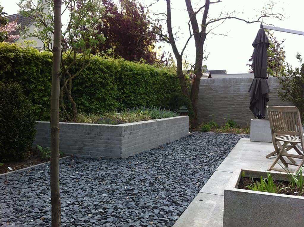 Bedwelming A van Spelde Hoveniers: Moderne strakke design tuin bij villa in &PD72