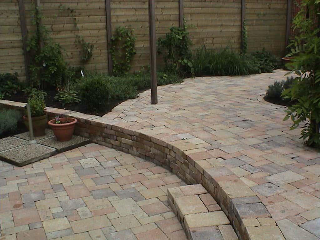Bestrating tuin links bestrating tuin wonen links for Rob eigen huis en tuin