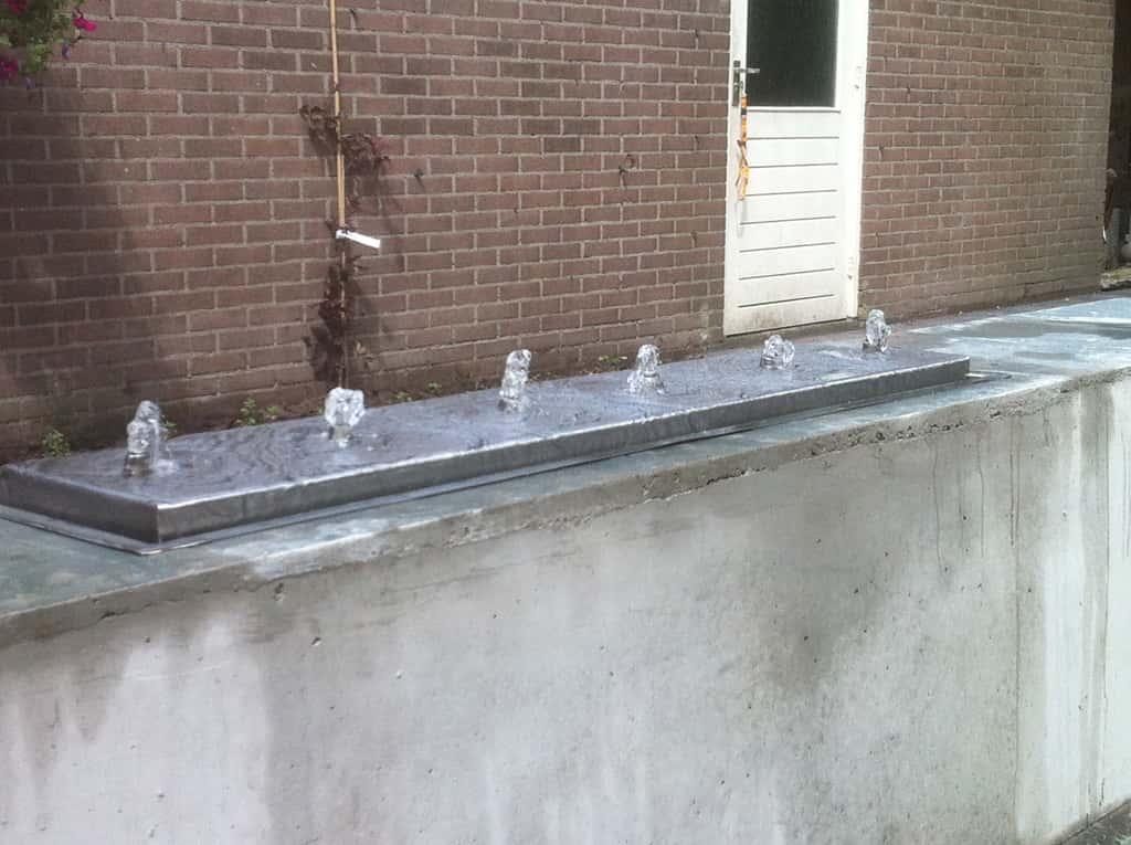 A van spelde hoveniers modern design waterelement en in de tuin - Muur tuin ...