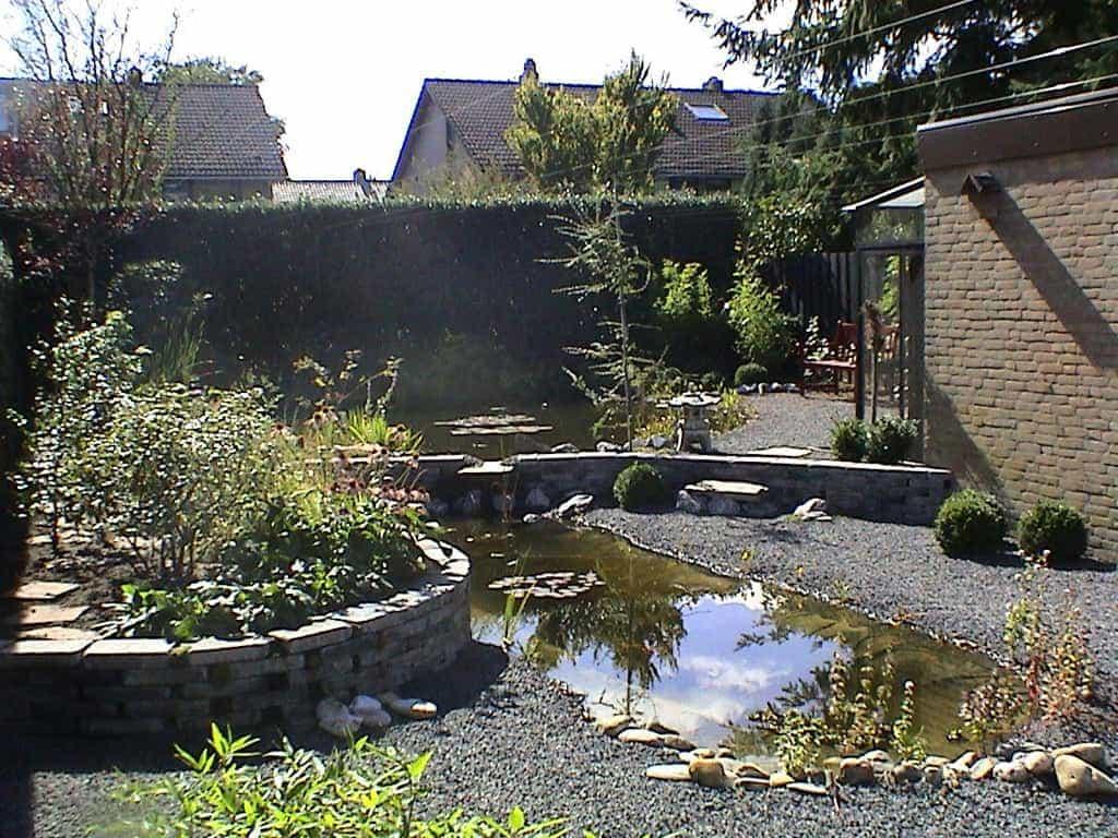 A van spelde hoveniers tuinen met ronde vormen for Tuin aan laten leggen