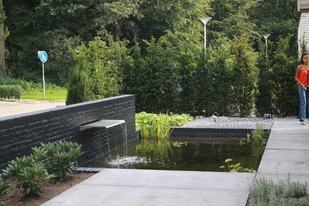 A Van Spelde Hoveniers Moderne Strakke Tuin Aanleggen Tilburg