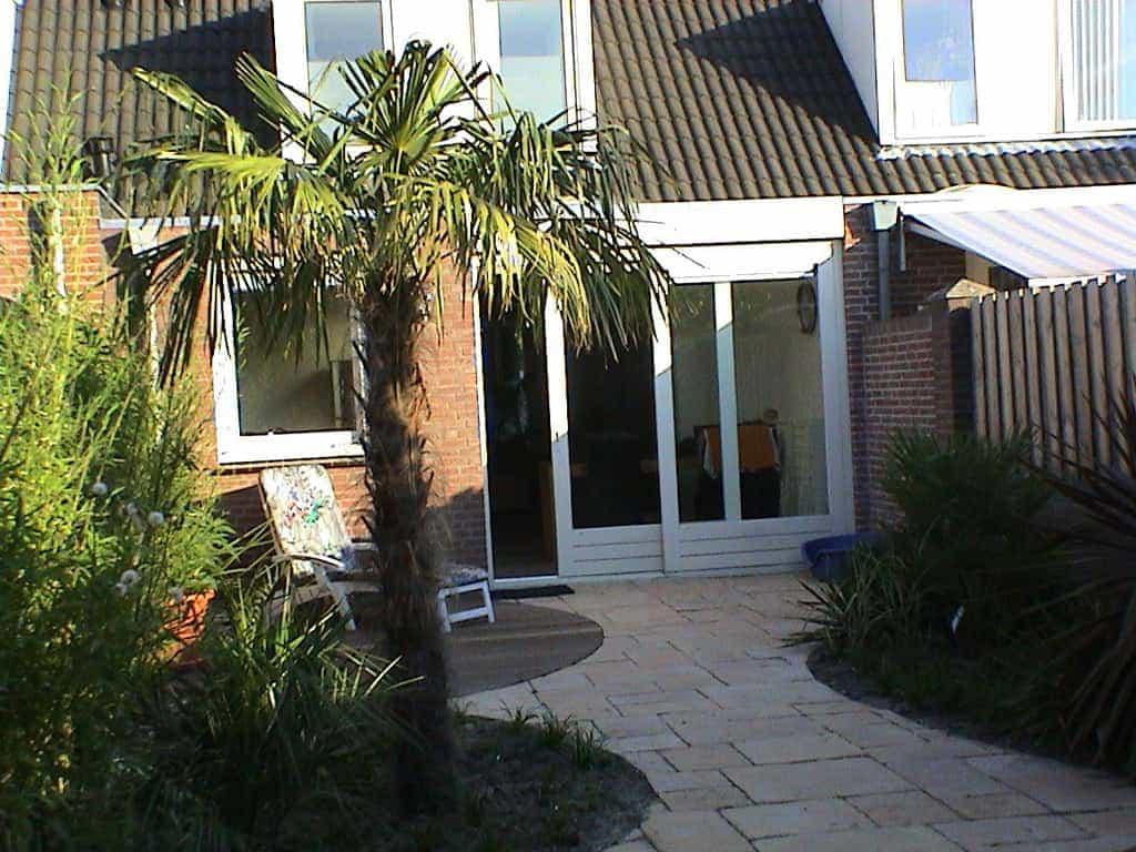 A van spelde hoveniers tuinen met ronde vormen for Achtertuin voorbeelden