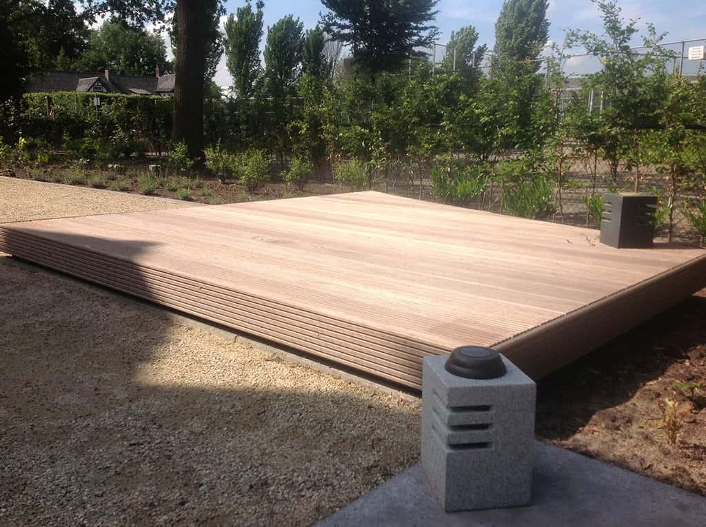 A van spelde hoveniers aanleg tuin met jeu de boules baantje for Tuin aan laten leggen