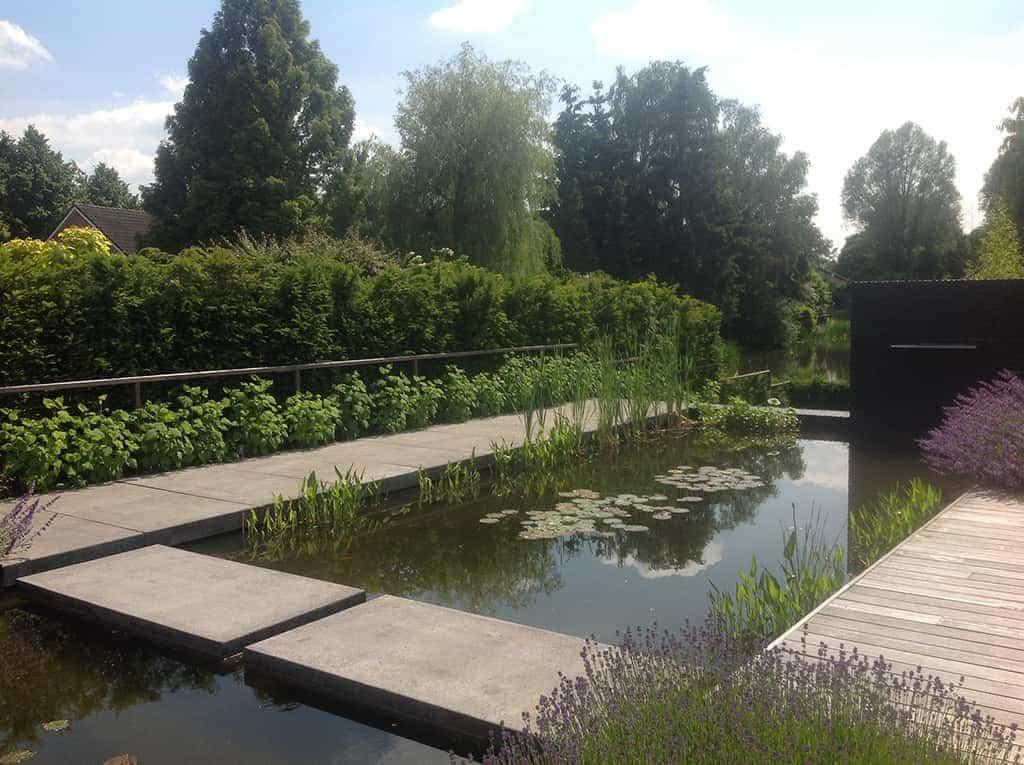 A van spelde hoveniers moderne strakke tuin aanleggen tilburg for Tuinen aanleggen foto s