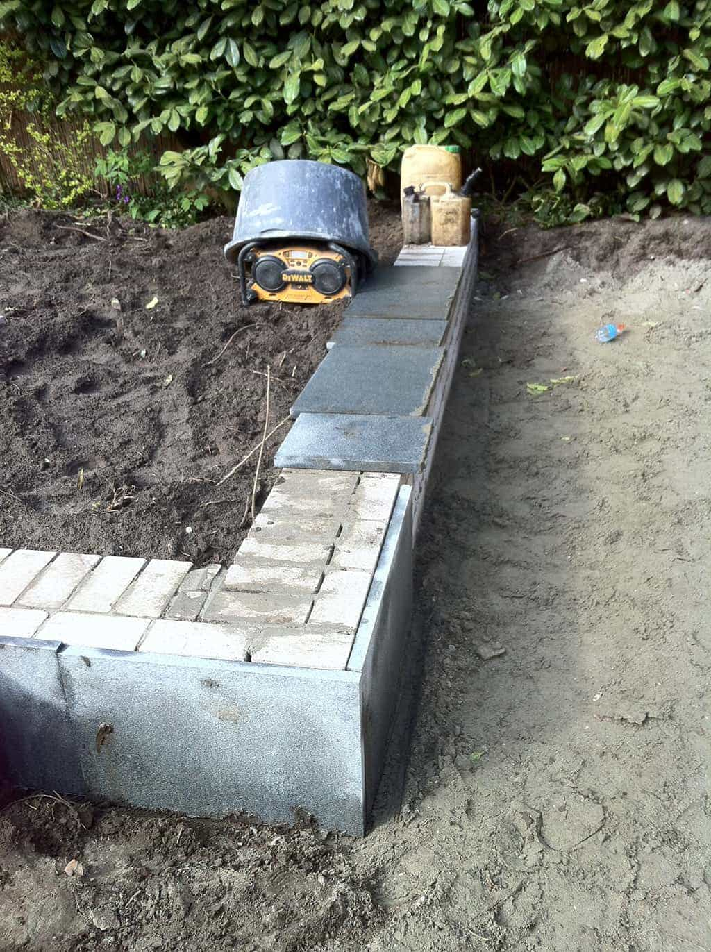 A van spelde hoveniers tuin met natuursteen in berkel enschot - Deco van de tuin ...